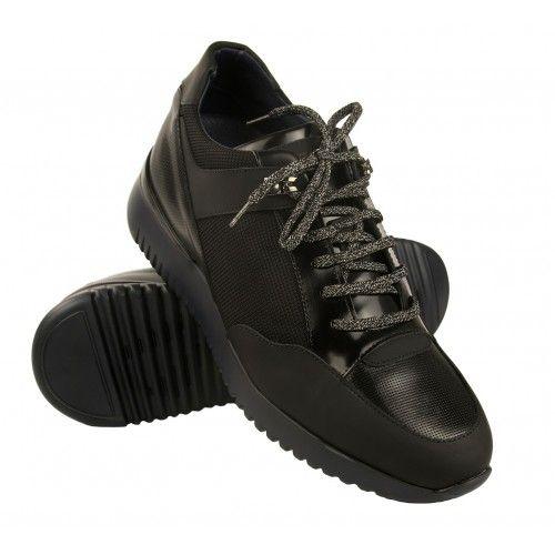 Sneakers à lacets avec 7 cm...