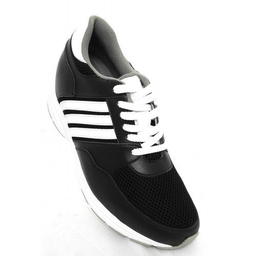 Chaussures sportives...