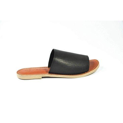 Sandales basses en cuir lisse