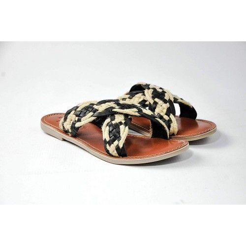 Sandales basses en cuir tressé