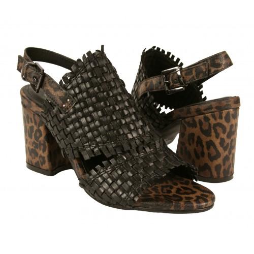 Sandales en cuir tressé à...
