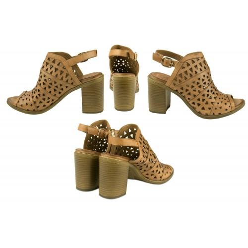 Sandales ethniques en cuir...